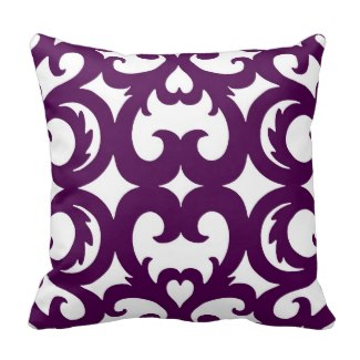 Heart Fretwork Scroll Pattern Pillow