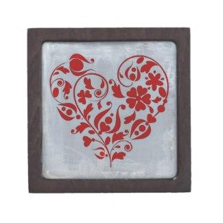 A Floral Heart Keepsake Box by Claudia H. Blanton